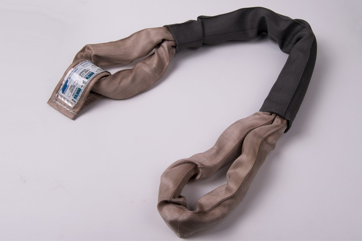 American Industrial // 3 1//2 Body//Eye to Eye Polyester Round Sling Long // Ee120X20 // 10,600 Lbs Vertical Tan // 20 Ft