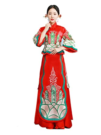 fe5bacc2d Amazon.com: Show Wo Dress Chinese Wedding Dress Traditional Bride Wedding  Dress Wedding Cheongsam Tang Suits Full Dress: Clothing