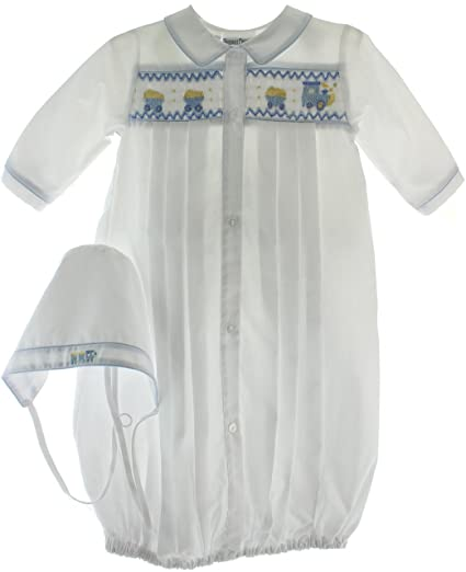 522a771ccb7 Amazon.com  Newborn Boys White Blue Take Home Gown   Hat Layette Set ...
