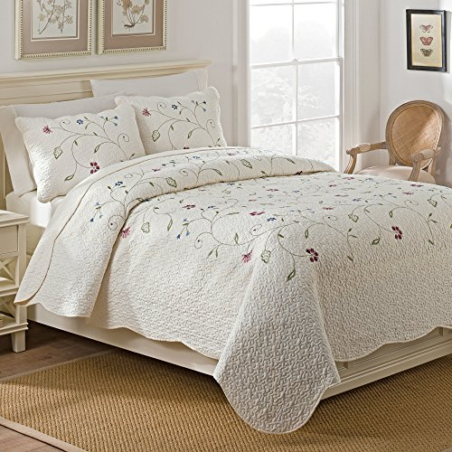 WestPoint Home Sophia Quilt Set, Full/Queen, Ivory, 3 Piece