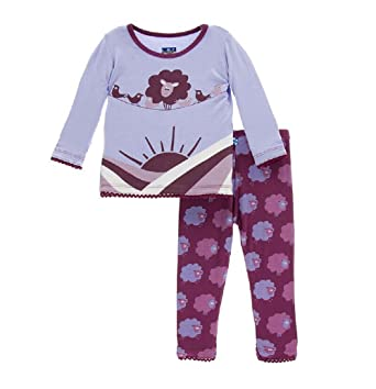 85abee15cbc8 Amazon.com  KicKee Pants Long Sleeve Pajama Set  Infant And Toddler ...
