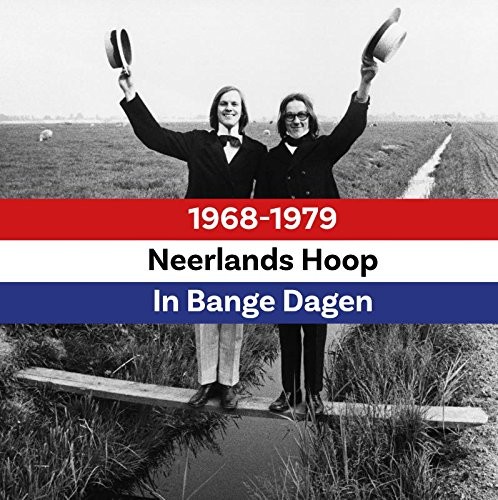 Neerlands Hoop in Bange Dagen: 1968-1979 (3 boeken + 9 DVD's + 3 CD's + EP): Box met 3 Boeken 9 DVD's 3 CD's en EP