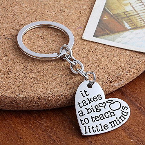 Teacher Appreciation Gifts for Women, it takes a big heart to teach little minds keychain Jewelry, Thank You Gift Graduation Gift for Teachers