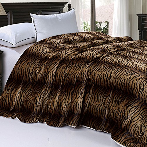 BOON Soft and Thick Faux Fur Sherpa Backing Bed Blanket, Tiger, 84