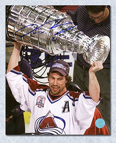 2001 World Cup Hockey - AJ Sports World Peter Forsberg Colorado Avalanche Autographed 2001 Stanley Cup 8x10 Photo