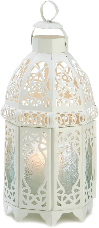 White lattice lantern wedding centerpieces