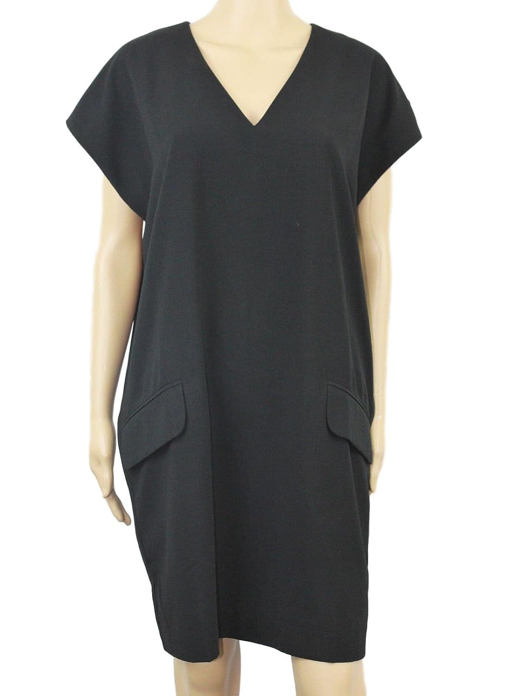 d346cfc925 Amazon.com  Bar III V-Neck Shift Dress Deep Black M  Clothing