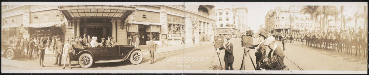 1919 Pres. Wilson arriving at U. S. Grant Hotel, San Diego, Cal., Sept. 1919 42''