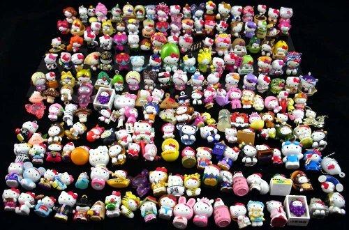 (Hello Kitty PVC Collectible Mini (1/2