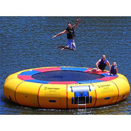 Island-Hopper-Acrobat-20-Foot-Water-Trampoline