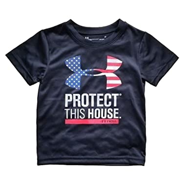 bba872b59ae Under Armour Little Boys  Protect This House Flag  Amazon.ca  Clothing    Accessories