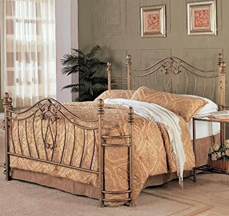Coaster Home Furnishings Sydney Modern Traditional Hand Brushed Metal Bed    Queen   Antique Brushed Gold