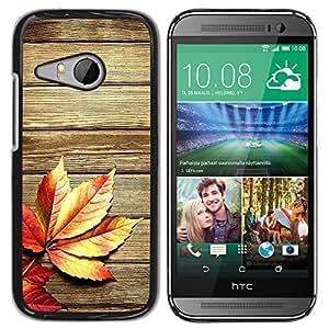 Qstar Arte & diseño plástico duro Fundas Cover Cubre Hard Case Cover para HTC ONE MINI 2 / M8 MINI ( Autumn Wood Grain Texture Lines Rustic)