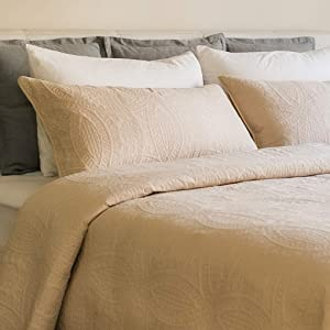 Mezzati Bedspread Coverlet Set Beige – Prestige Collection - Comforter Bedding Cover – Brushed Microfiber Bedding 2-Piece Quilt Set (Twin/Twin XL, Beige)