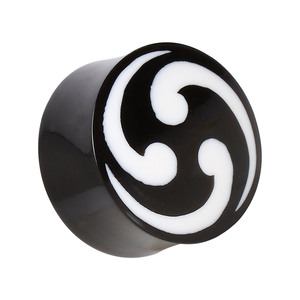 Pair of 7//8 inch Double Flared Horn Plugs with Shuriken Design D12-012 22mm