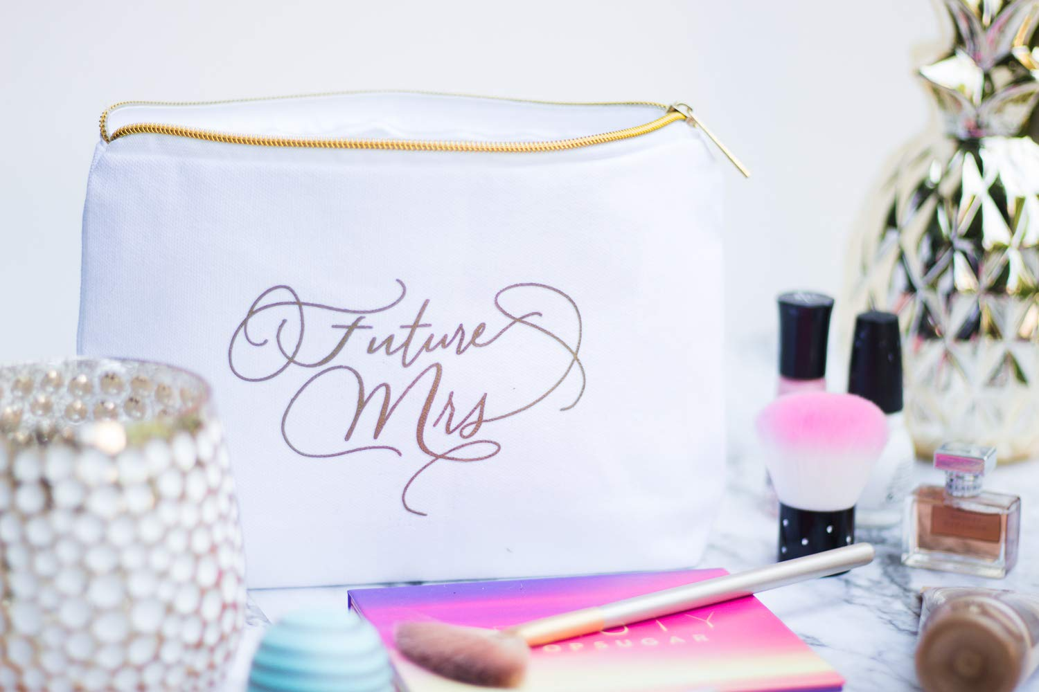 Future Mrs. Makeup Bag for Weddings, Bridal Showers, and Bachelorette Parties - Gold