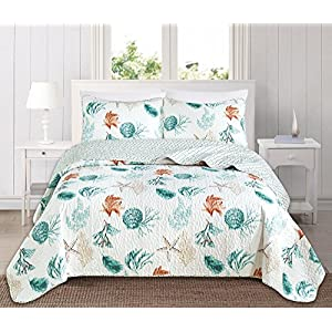 61utlcL4ySL._SS300_ Coastal Bedding Sets & Beach Bedding Sets