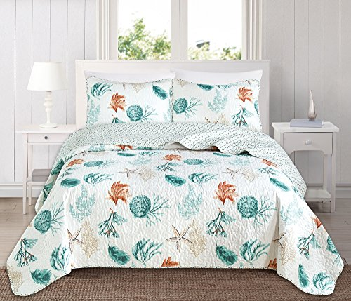 Great Bay Home 3 Piece Quilt Set with Shams. Soft All-Season Cotton Blend Bedspread Featuring Attractive Seascape Images. The Key West Collection Brand. (Full/Queen)