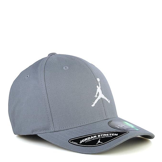 0cd8593fca09b Nike Jordan Jumpman 606365-065 Flex-Fit Fitted Grey Stretch Cap Hat  Large X-Large  Amazon.ca  Clothing   Accessories