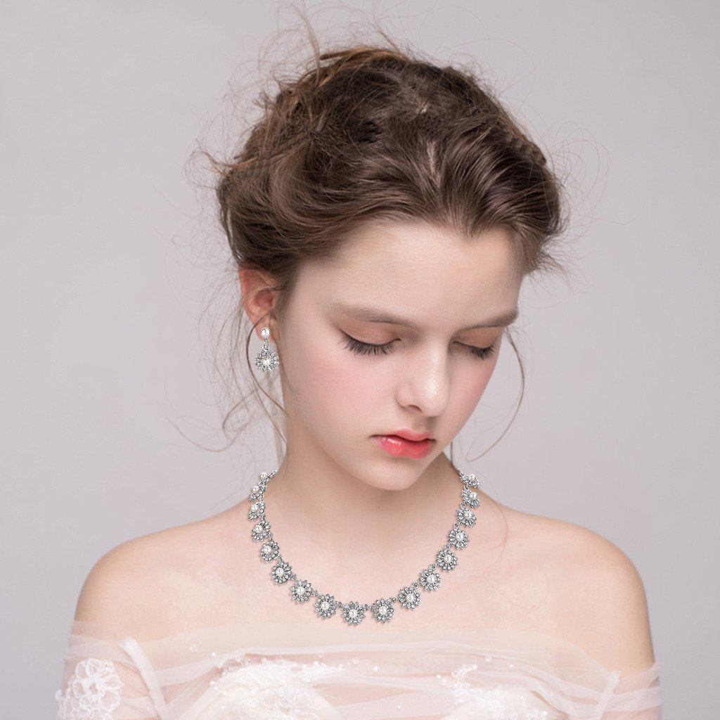Clearine Womens Wedding Bridal Crystal Simulated Pearl Multi Chamomile Flower Collar Necklace Dangle Earrings Set Clear Silver-Tone