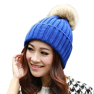 6b881c95298d Aikesi - Ensemble bonnet, écharpe et gants - Femme - Bleu -  Amazon ...