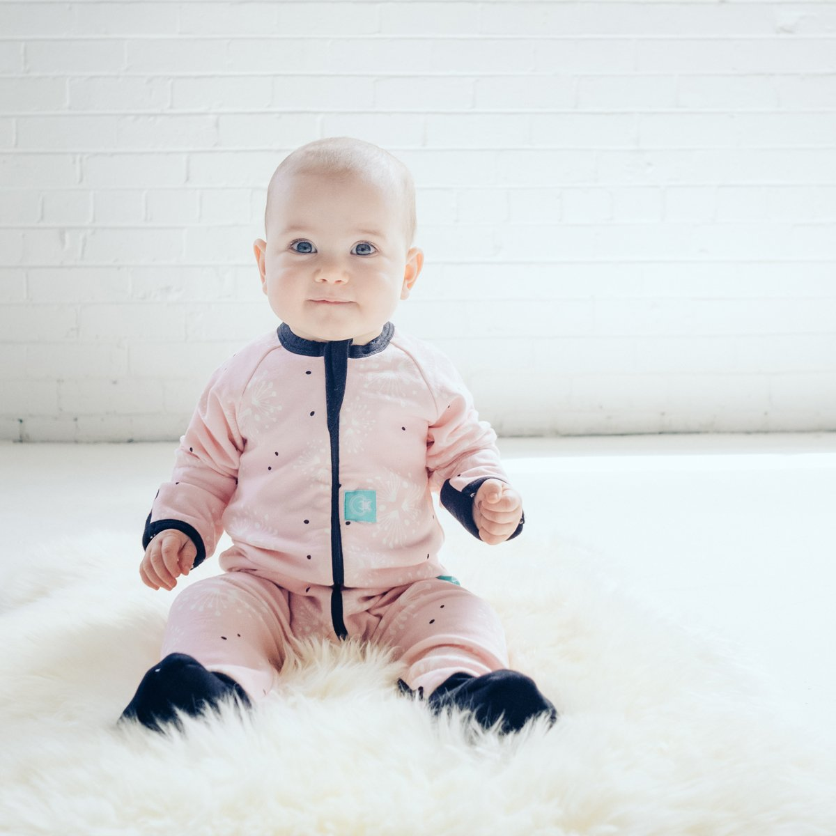 ergoPouch 0.2 Tog Footed Sleeper Romper