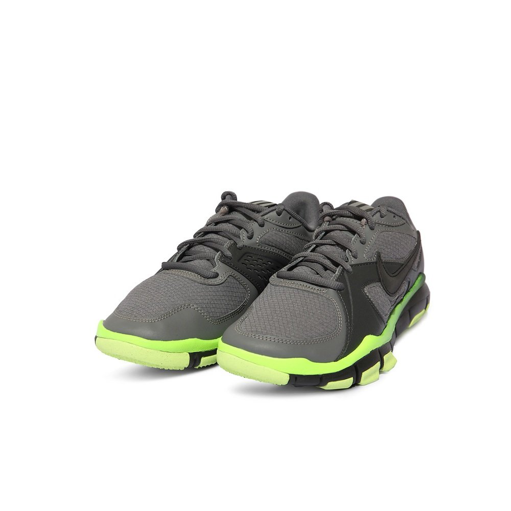 sports shoes 06cf1 05e9e NIKE Free TR2 Winter - Mens - Dark Grey Volt Anthracite Black   Amazon.co.uk  Shoes   Bags