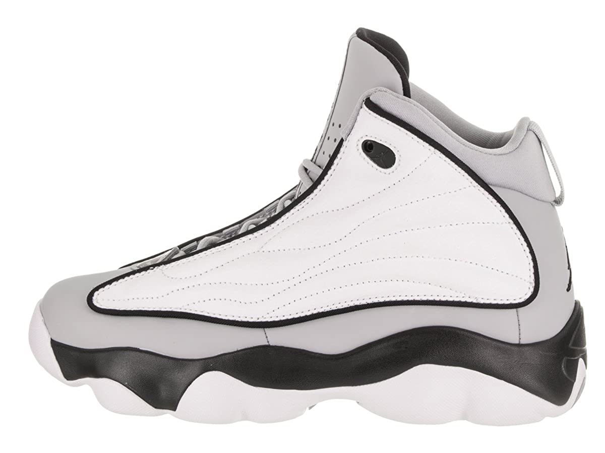 newest 56f22 377e3 Amazon.com   NIKE Boys  Jordan Pro Strong Wolf Grey Black-White 5.5Y    Sneakers