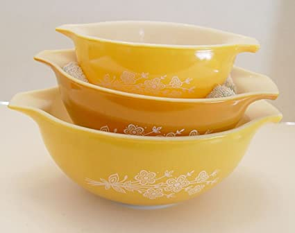 Amazon.com: Vintage Set of 3 Pyrex Gold Butterfly Nesting Mixing ...