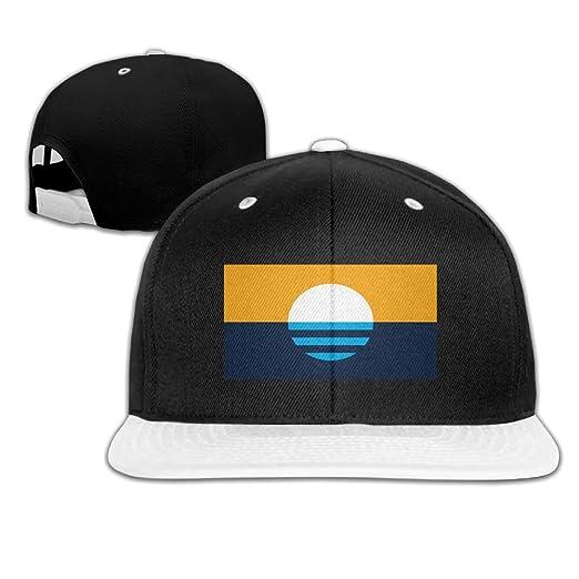 8b6eea11540 Amazon.com  Raining Sunlight Fashion People s Flag Of Milwaukee Casual  Adjustable Custom Unisex Hiphop Baseball Cap Hat Cotton Cool  Clothing
