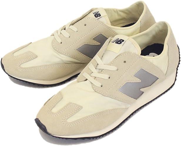 efecto análisis Ambigüedad  Amazon.co.jp: New Balance U320 BW SEA SALT Low-Cut Sneakers NB469 - white:  Shoes & Bags
