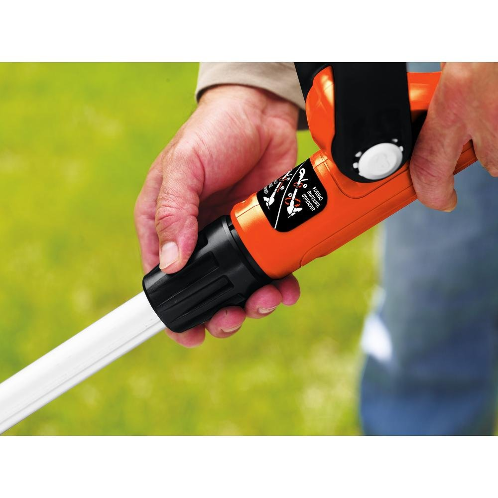 BLACK + DECKER LST220 20-Volt Max Lithium String Trimmer Black & Decker