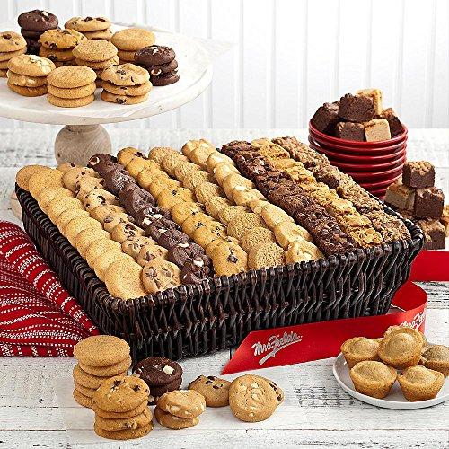 Shari's Berries - Mrs. Fields� Classics, Grand - 1 Count - Gourmet Baked Good Gifts