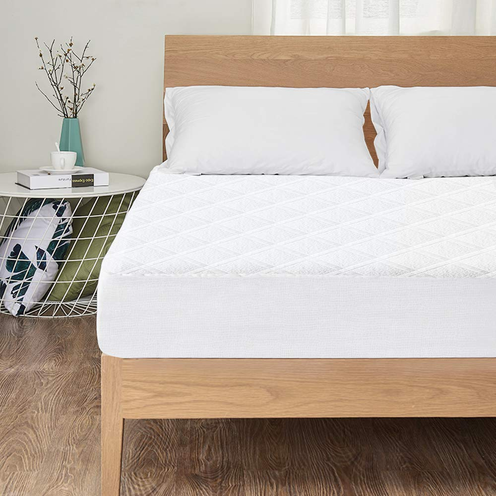 Dust Mite viewstar Bamboo Waterproof Mattress Protector Hypoallergenic Quilted Mattress Cover Extra Deep Cotton Bed Cover Against Bed Bugs Allergy Single Size 90 x 190cm