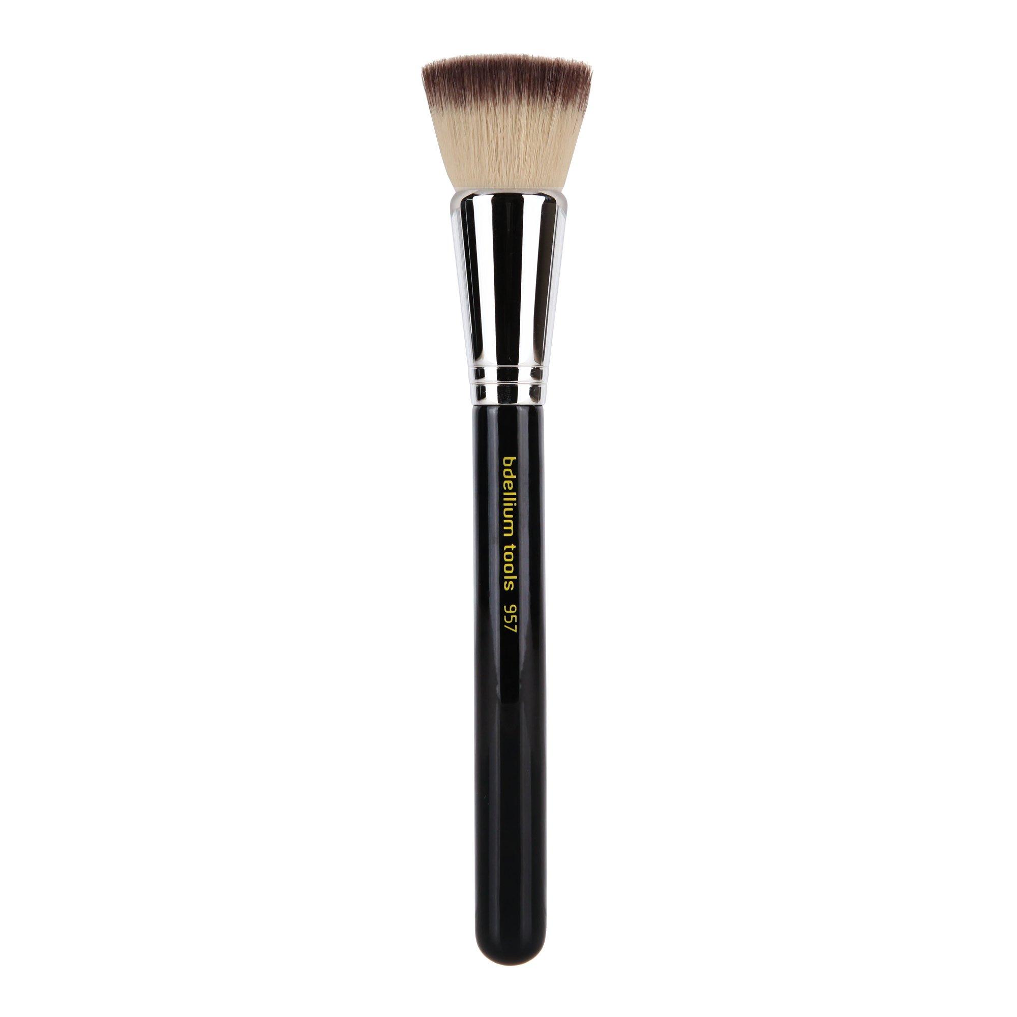 Bdellium Tools Maestro Series Precision Kabuki Brush, Black