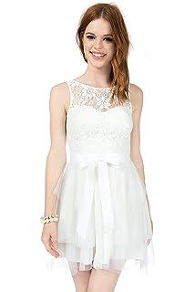 171b29d378 Amazon.com  Teeze Me Juniors Sleeveless V Neck Cross Back Floral ...