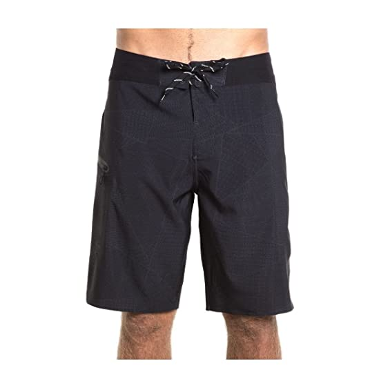 ROARK Savage Boardshort, Black, 32