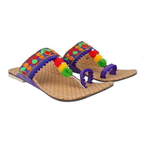 ed66b3bcf8e Great Art Party Office Ethnic Blue Kolhapuri Women Girl s Chappal Sandals   Buy Online at Low Prices in India - Amazon.in