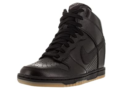 NIKE Womens Dunk Sky High