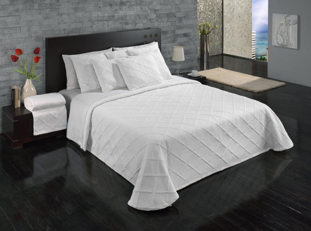 Europa Fine Linens Evora Matelasse Bedding, Bedspread King Size 120-Inch by 120-Inch, White