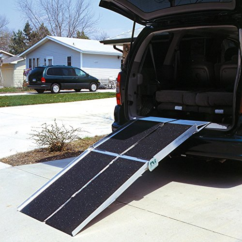 (Prairie View Industries UTW630 Portable Multi-fold Ramp with Extended Lip, 6 ft x 30 in)