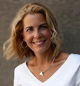 Lisa Travis