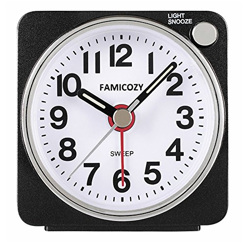 FAMICOZY Small Lightweight Travel Alarm Clock, Silent Non Ticking Analog Alarm Clock with Snooze and Light,Sound Crescendo,Mini Quartz Alarm Clock,Battery Operated(Black)