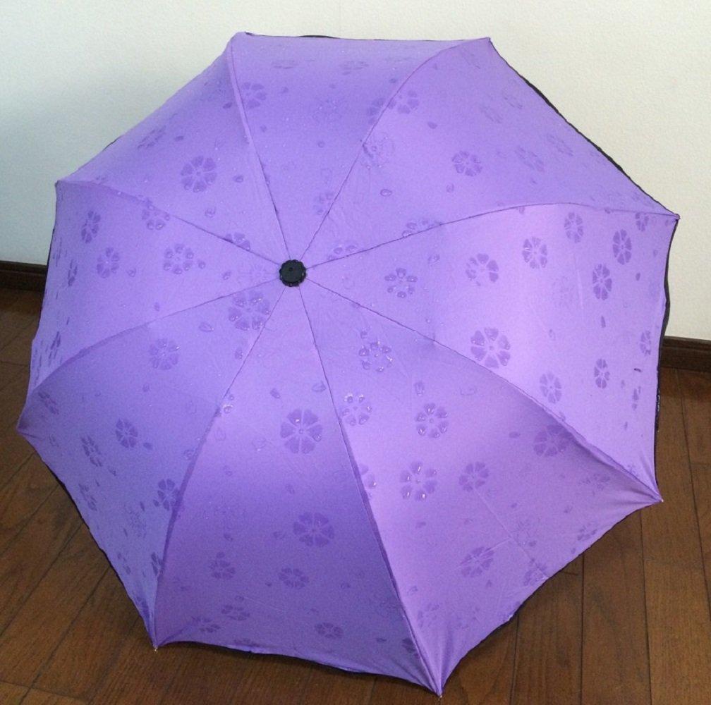 nijuhの日傘。鮮やかなスミレ色に、雨に濡れると浮き出る花柄がおしゃれ。