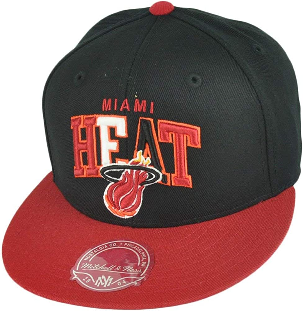 Miami Heat Mitchell /& Ness Arch Vintage Logo Tri-Pop Fitted Hat