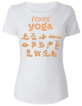 Tiny Cute Foxes Doing Yoga Poses Camiseta para Mujer: Amazon ...