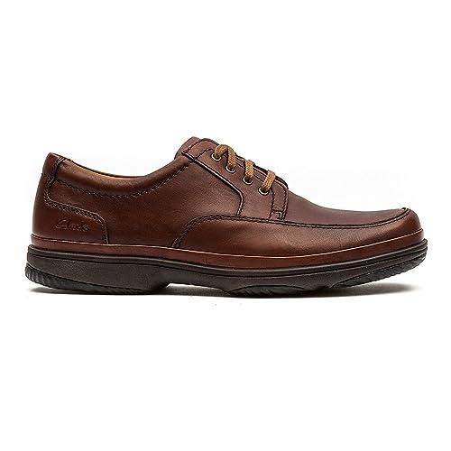 Clarks Hombres Milla Swift Caoba Zapatos De Cuero