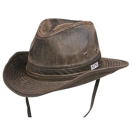 9d9f31ef56e Amazon.com   Conner Hats Men s Bounty Hunter Water Resistant Cotton ...