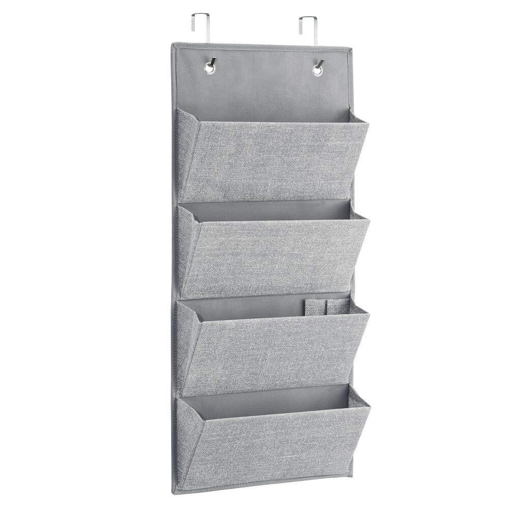 mDesign Juego de 2 colgadores Ropa – Organizadores armarios con 4 Bolsillos de Polipropileno Transpirable - Perchero Puerta para armarios o habitación ...