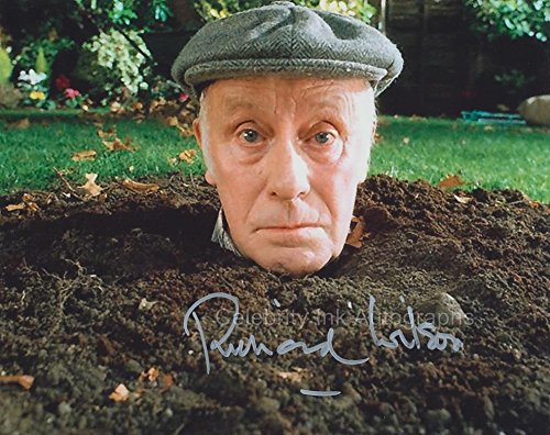 RICHARD WILSON as Victor Meldrew - One Foot In The Grave GENUINE AUTOGRAPH (One Foot In The Grave Victor Meldrew)
